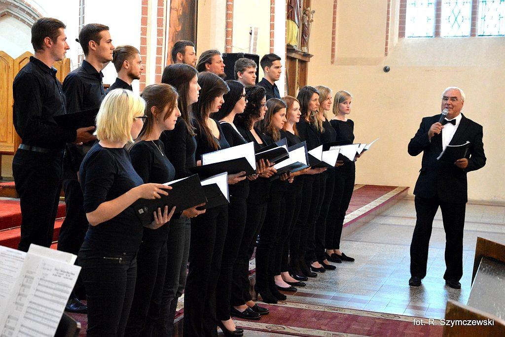 Koncert chóru polonijnego