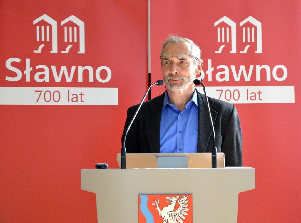 Konferencja naukowa na 700-lecie Sławna
